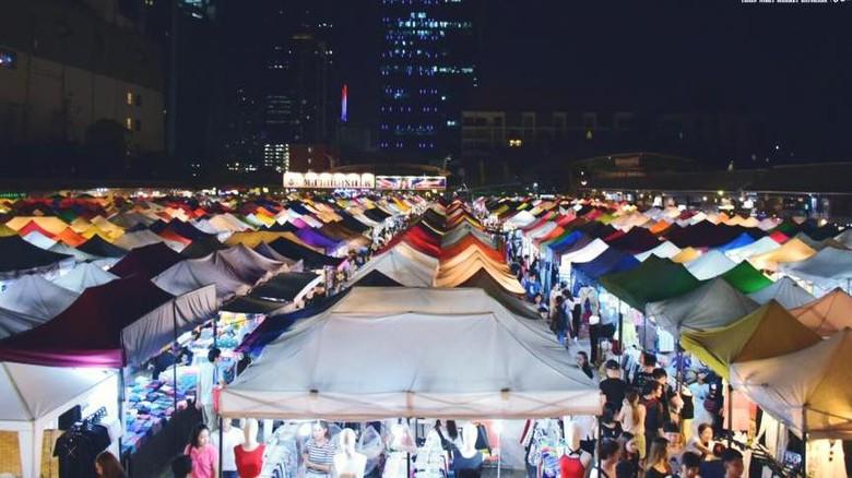 Pasar malam di Bangkok, Thailand