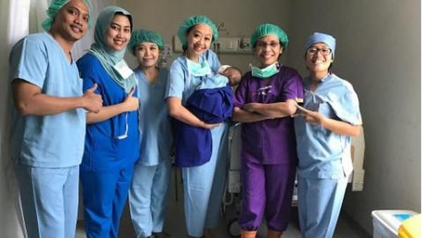 Usai Operasi Katarak dan Transfusi Darah, Bayi Asri Welas Diizinkan Pulang