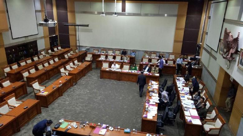Seleksi Calon Hakim Agung, DPR Kembali Ungkit Kasus Nenek Minah