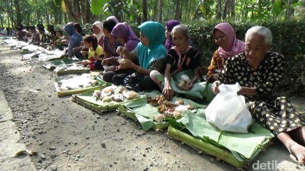 Ritual Tolak Bala Sambut Bulan Muharam Digelar di Purworejo