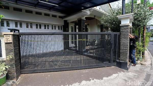 Harta yang Dicuri Pembunuh Pasutri dalam Bedcover Hampir Rp 1 M