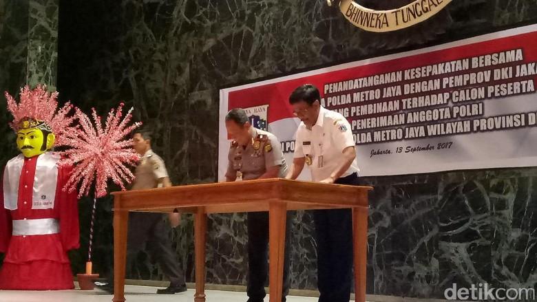 Djarot Sebut Latih Anak SMU Masuk Polri Bisa Potong Rantai KKN