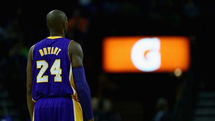 Nomor punggung Kobe Bryant akan dipensiunkan oleh LA Lakers (Streeter Lecka/Getty Images)