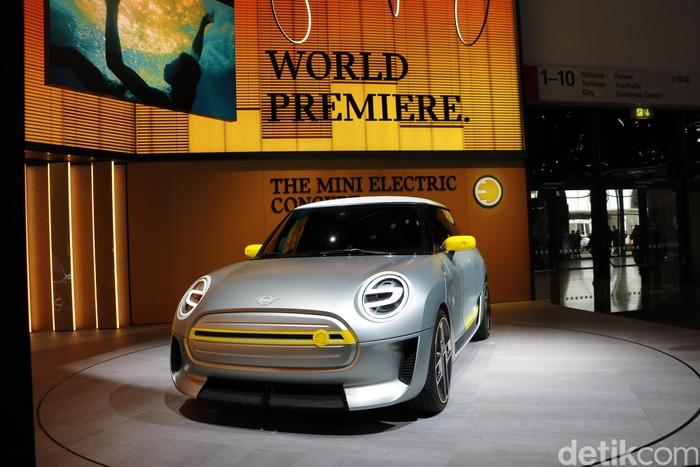 Melihat Lebih Dekat Mobil Listrik Pertama dari MINI