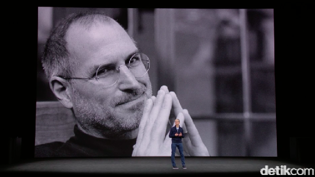 Mendiang Steve Jobs yang ternyata teman baik Pangeran Alwaleed.