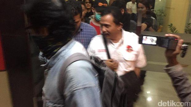 Bupati Batubara yang Kena OTT KPK Diterbangkan ke Jakarta
