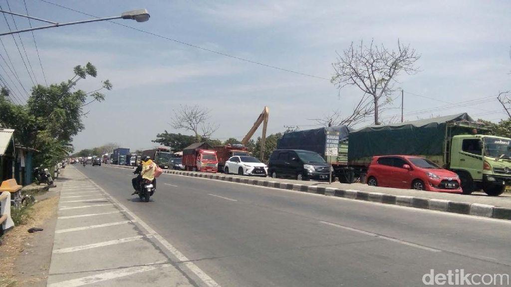 Truk Pantura Ogah Masuk Tol, Pengusaha: JKT-SBY Tarifnya Rp 1 Juta
