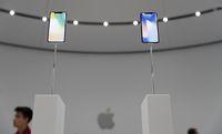 Ini Perbedaan iPhone 8 vs iPhone 8 Plus vs iPhone X