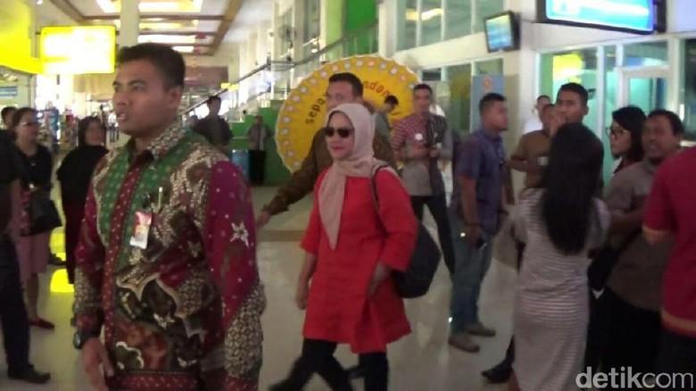 Melihat Iriana Jokowi yang Mulai Sibuk Siapkan Pernikahan Kahiyang