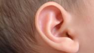 Efek Jika Bayi Terpapar Suara Sangat Keras Seperti Ledakan Bom
