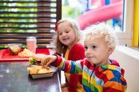 Datang ke restoran dengan anak perlu direncanakan.