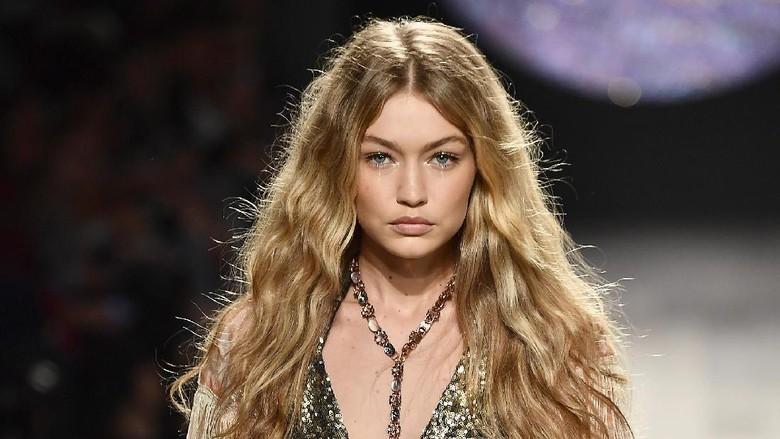 Absen Fashion Show Victoria Secret, Gigi Hadid Dilarang ke China