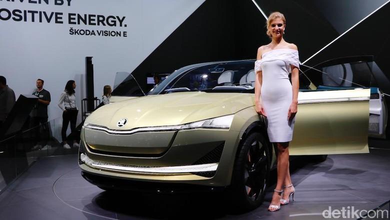 Mobil konsep Skoda Vision E saat dipamerkan di Frankfurt Motor Show 2017 lalu Foto: Dadan Kuswaraharja