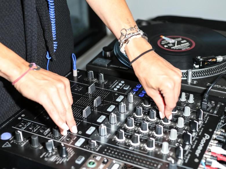 Foto: Ilustrasi Musik Elektronik (Getty Images)