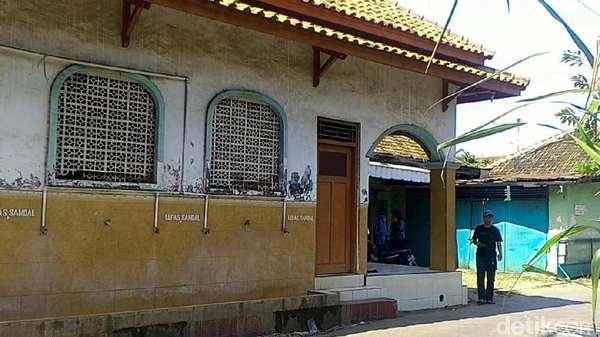 Berkunjung ke Musala yang Akan Dibangun Jadi Masjid oleh Husni