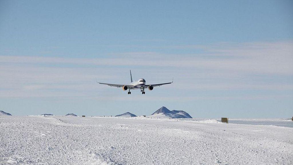 Pertama! Pesawat Komersil China Mendarat di Antartika