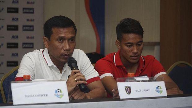 Pelatih Bali United memuji pertahanan kokoh Persija Jakarta.