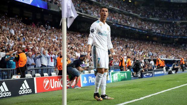 Cristiano Ronaldo mencetak dua gol di laga lawan APOEL.