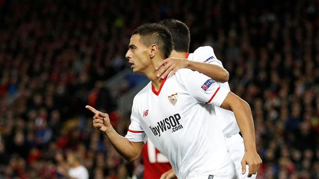 Sevilla mampu mengejutkan Liverpool di awal laga.