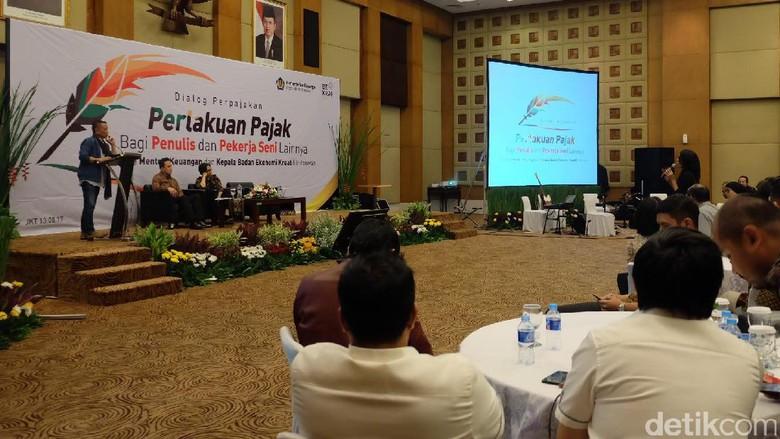 Bekraf Janji Ada Pertemuan Kedua Bahas Pajak Penulis Foto: Pajak Penulis (Agnes/detikHOT)