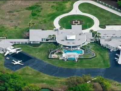 Bandara Privat Milik John Travolta