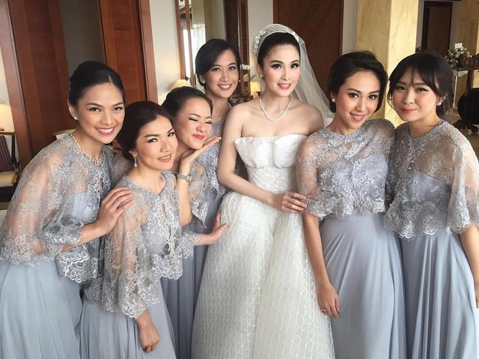 selebriti bridesmaid