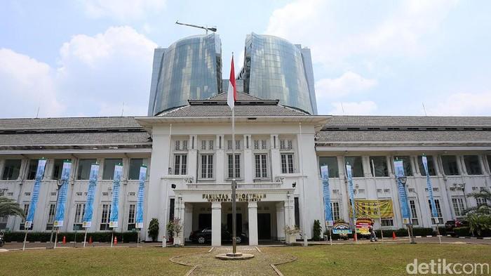 Gedung FKUI Salemba (Foto: Ari Saputra)