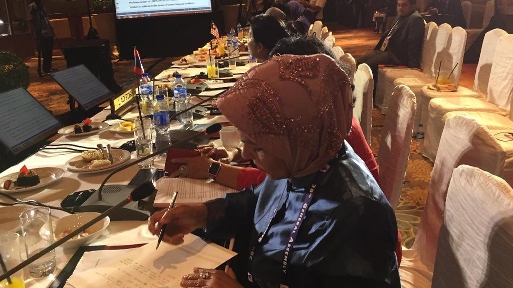Usul RI Soal Limbah Plastik Disepakati Forum Parlemen ASEAN