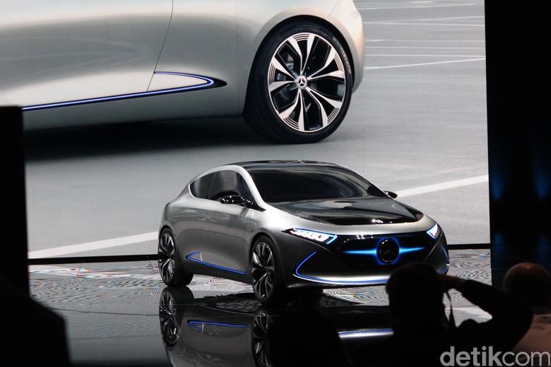 Konsep Mobil Listrik Mercedes-Benz EQA Concept (Foto: AN Uyung Pramudiarja)