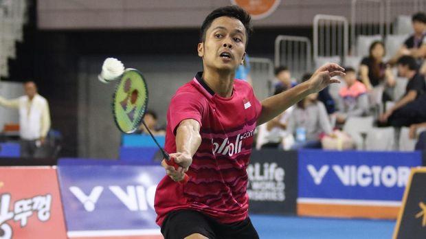 Anthony Ginting mampu mengalahkan pebulutangkis unggulan pertama Son Wan Ho di babak semifinal.
