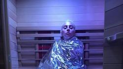 Lady Gaga selama ini ternyata menderita Fibromyalgia, suatu kondisi kronis yang membuatnya kerap merasakan nyeri parah di tubuhnya. Berikut gejala-gejalanya: