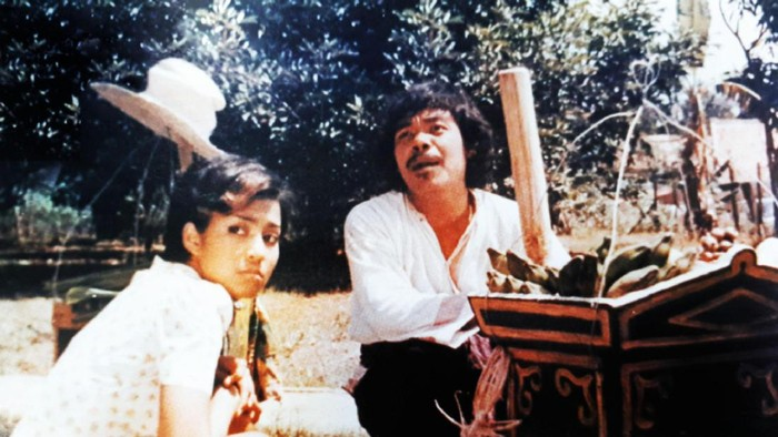 Benyamin Sueb adalah pemeran, pelawak, sutradara dan penyanyi Indonesia yang telah menghasilkan lebih dari 75 album musik dan 53 judul film. Seniman kenamaan Betawi ini meninggal pada 5 September 1995 karena serangan jantung. Foto: dok.pribadi