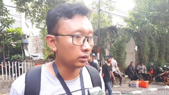 Ketua Bidang Advokasi YLBHI Muhammad Isnur bercerita soal gedung LBH Jakarta yang dikepung