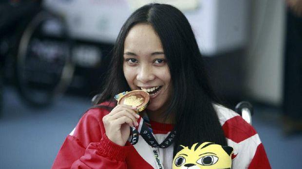 Laura Aurelia Dinda sumbang emas pertama bagi kontingen Indonesia di ASEAN Paragames 2017.