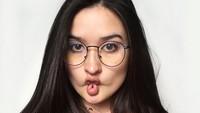 Stephanie Poetri Tak Mau Jadi Diva
