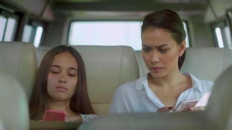 Foto: Adegan di film Susah Sinyal