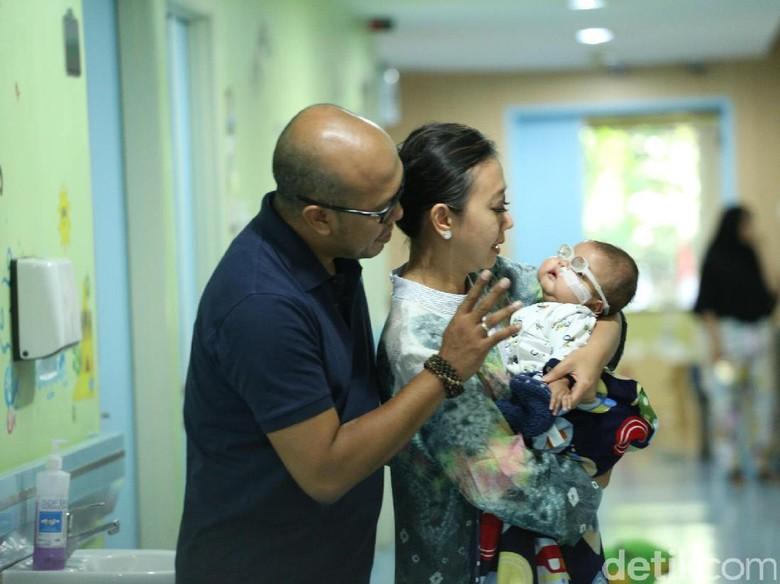 Mata Mulai Membaik, Bayi Asri Welas Akan Jalani MRI