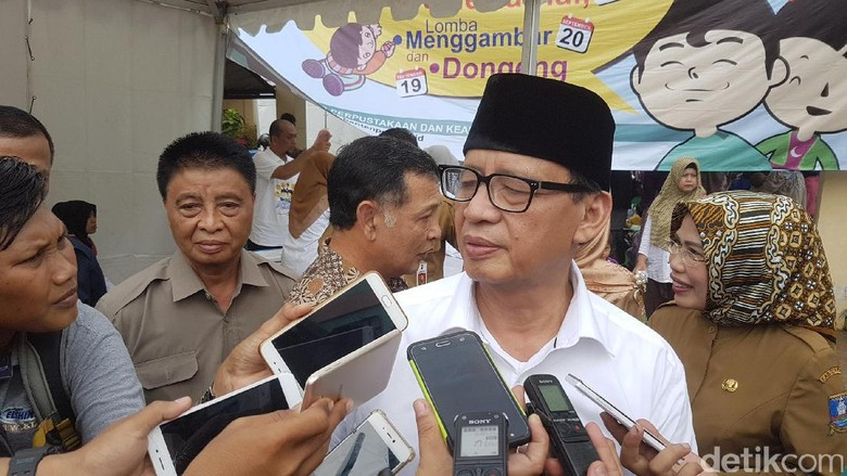 Gubernur Banten Ancam Pecat PNS yang Pungli PPDB Online