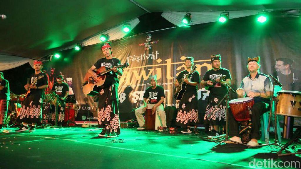 Festival Kawitan Padukan Modernitas dan Etnik Lewat Jazz Patrol