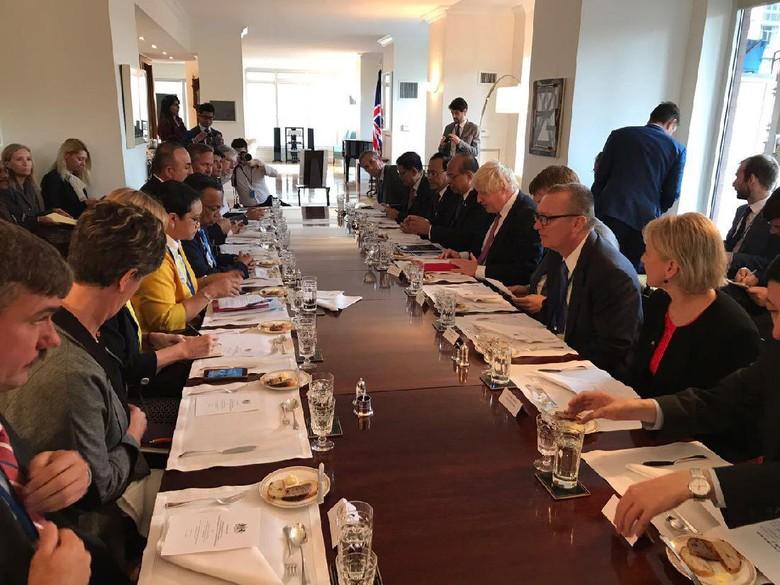 AS, Swedia dan Australia Puji Diplomasi Menlu Retno soal Rohingya