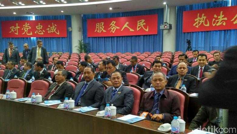 60 Calon Jenderal Kuliah Kerja Nyata di China