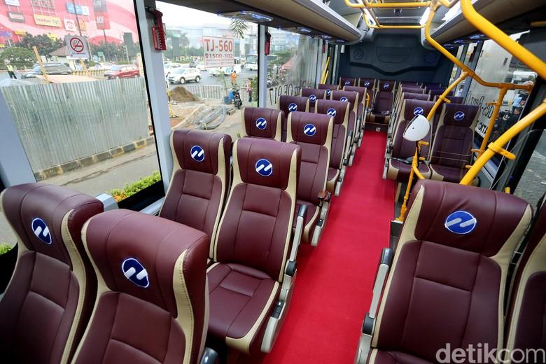 Mewahnya Bus Premium Transjabodetabek (Foto: Rengga Sancaya)