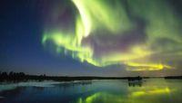 Aurora di Jokulsarlon Lagoon, Islandia