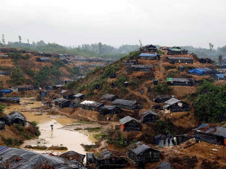 Bangladesh Perluas Kamp Penampungan Raksasa untuk Rohingya