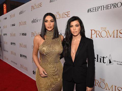 OMG! Seperti Kylie Jenner dan Khloe, Kourtney Kardashian Hamil Juga?