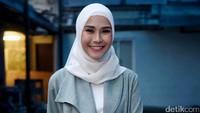 Zaskia saat ditemui usai tampil di Rumpi: No Secret di Trans TV, Kapten Tendean, Jakarta Selatan pada Selasa (19/9). Pool/Noel/detikFoto.