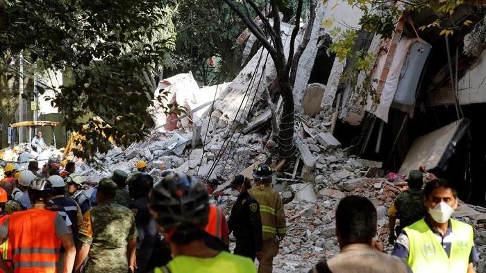 Kehancuran akibat gempa 7,1 SR di Meksiko (REUTERS/Henry Romero)