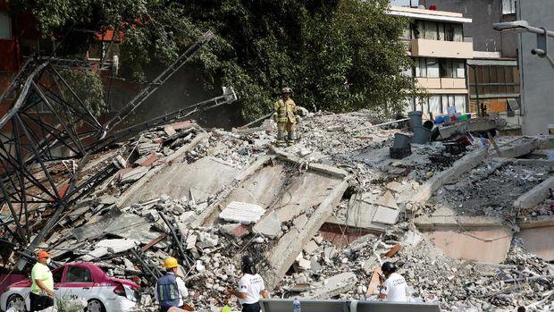 Kehancuran akibat gempa 7,1 SR di Meksiko