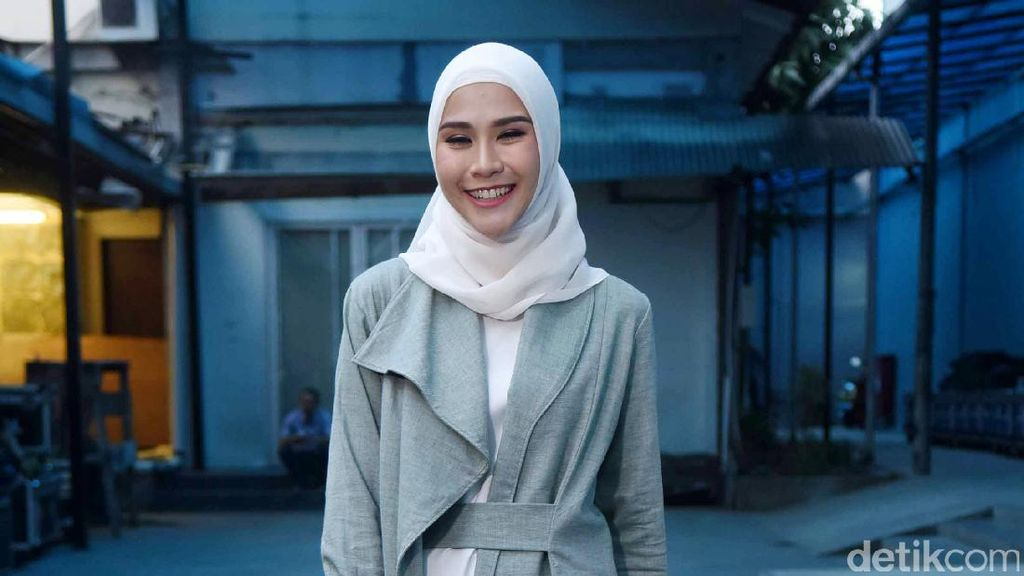 Zaskia Adya Mecca Beruntung PRT Tak Pulang Kampung di Hari Lebaran
