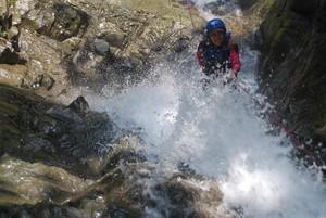 Tempat Main Air Paling Asyik di Jawa Tengah